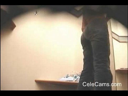Changing room spycam voyeur busted almost caught - XNXX.COM->