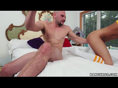 Veronica Rodriguez gets Fucked Up by this Cock
