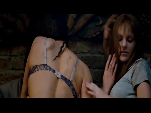 Anna Faris Nude Threesome Sex Scene