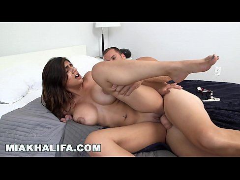 cover video Mia Khalifa   B  Ath Time With Sean Lawless Is Sean Lawless Is  Ean Lawless Is The Best Time