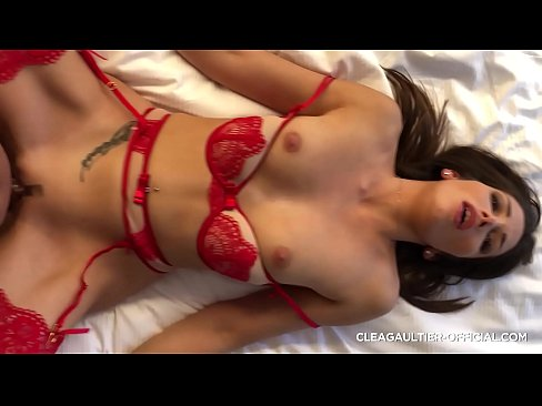 Clea Gaultier French brunette private sextape