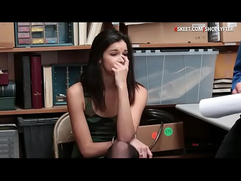 Pretty babe caught stealing and screwed by LP officer