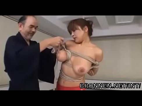 Japanese extreme bdsm and nipple torture - BRONNEN.NET/INT/