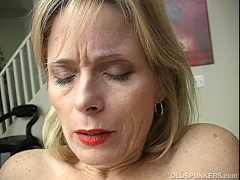 mature women orgasms videos