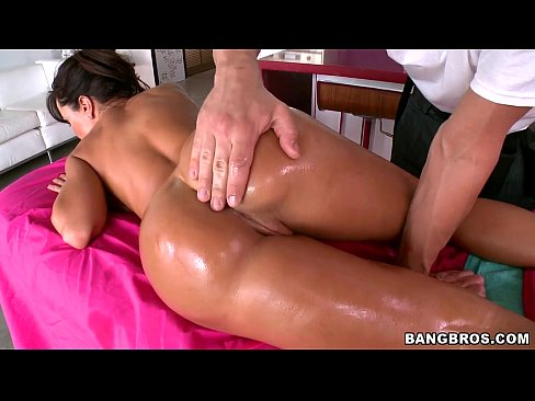 Lisa Ann Gives Back to her Massage Boy