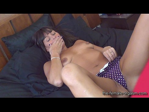 Milf stephanie has snapping pussy orgasms 10
