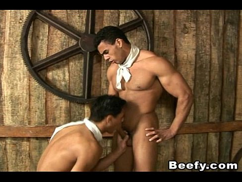 Hung Beefy Muscle Dudes Fuck Outdoors