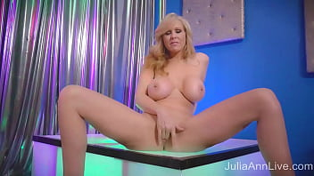 Stripping MILF Julia Ann Rubs Her Wet Mature Pussy In Private Show!