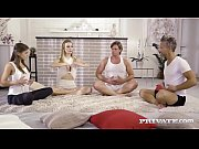 thumb evelina darling trio yoga session with dp