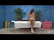 Stunning sweetheart plays with guy&#039_s cock by hands and face hole