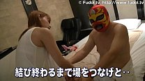 Japanese cute girl gives special blow job and massage to an Asian chubby boy [뚱뚱한 여자 (fat girl)]