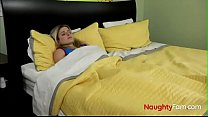 Pervert Son wakes up Mom - FREE Family Videos a...