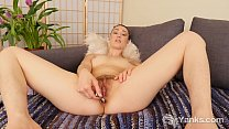 Yanks Cutie Iris Ives Toys Her Ass And Twat