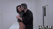Goth MILF Lola Luscious pussy ravaged with dick and toys - 9Club.Top