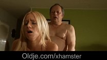 Stunning young blonde seduce and fuck an old grandpa Vorschaubild