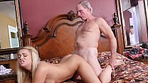 BLUEPILLMEN - Age ain't nothing but a number! (...