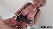 Adulterous british mature lady sonia pops out h...