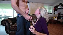 6250 Mature gives me oral preview