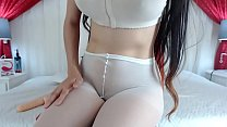 Cam girl squirts in white yoga pants - more on candywebcam.com