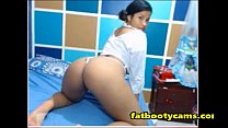 Innocent and Cute Latina with Amazing Ass - fatbootycams.com