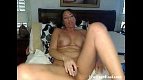 brunette with sexy eyes fucking her pussy(4).flv