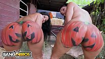 BANGBROS - Rose Monroe and Valentina Jewels At ...'s Thumb