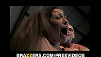Dani Daniels gives an amazing BJ and gets rewarded with doggy