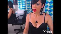 Slutty Brunette from Xredcams.com Rubs Herself Off On Cam