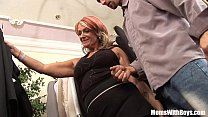 Old Lady Joanna Depp Fucks Young Boyfriend In D...