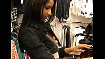 Desi girl getting fc.uk.ed in a changing rooom of a mall