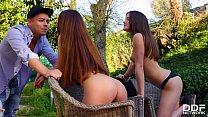 Lesbo beauties Stacy Snake & Evelina Darling share his hard dick for a ride