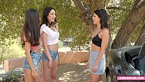perfect babes threesome
