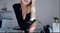 Beautiful Naked Kriss0leoo , Blonde Teen plays in Cam