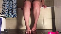 Hazel Fatal shows her feet and big ass and squi...