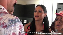 Brazzers - Four Latina babes have there way with Johnny Vorschaubild