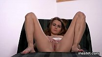 Wicked czech girl spreads her tight vulva to the extreme
