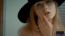 Teen blonde with a great ass and a black hat ge...