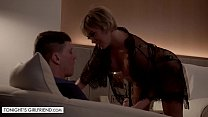 Tonights Girlfriend - Dee Williams is the hot milf her client always wanted to bang صورة
