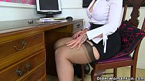 Scottish milf Toni Lace will get you the best d...