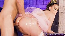 Princess Peach oiled up cosplay with rough anal fucking