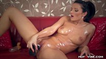 Juicy Pussy Oiled Up MILF's Thumb