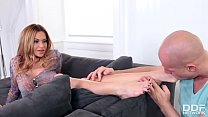 Pierced bombshell Subil Arch's sexy feet relished and fucked by horny guy thumbnail