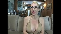 Secretary milf gives a blowjob pornhub video