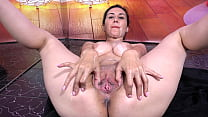 MandySQUIRT gets from BBS a big load cum shot in her face. Find her @GalinaSQUIRT