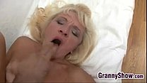 Granny Gets Pounded In Many Positions Vorschaubild