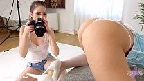 Rebecca Volpetti and Vyvan Hill in Photo session lesbians by SapphiX Thumbnail