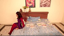 Shruti bhabhi - u0928u094bu0915u0930 u0914u0930 u092eu093eu0932u0915u093fu0928 romance with Ser...