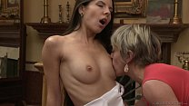 Mature MILF Finally Meets Teen Hookup & Gives Her Quivering Fingering Orgasm