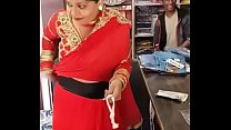 Indian - she proves the shopkeeper wrong thumbnail