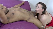 AgedLovE Eve Jayne loves sucking cocks